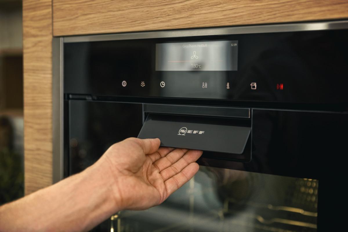 NEFF appliances - master partner oven